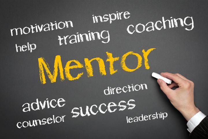 Qué es el mentoring online