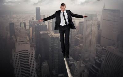 ¿Qué implican los riesgos de un proyecto?
